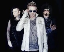 Sixx A.M. to bring Modern Vintage to Chicago's Vic Theater