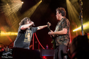 Click photo for full Counting Crows gallery