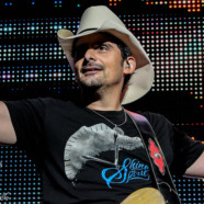 Photos: Brad Paisley in Noblesville