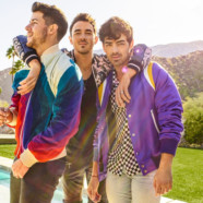 "Jonas Brothers Debut at #1 with Return Single ""Sucker"""