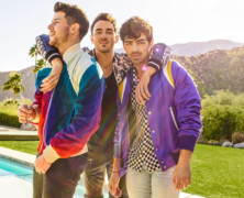 """Jonas Brothers Debut at #1 with Return Single """"Sucker"""""""